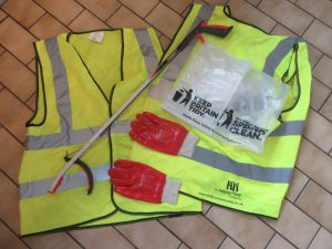 Litter collecting equipment